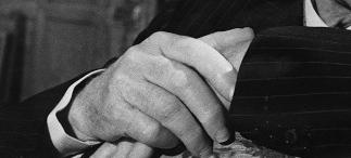 getty-hands-02